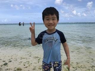 グアムの海にての写真・画像素材[2326312]