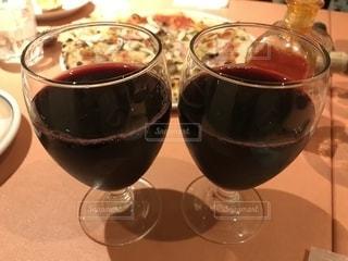 イタリアンレストランでは乾杯の写真・画像素材[2641455]