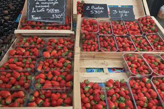 苺,フルーツ,果物,パリ,マーケット,ベリー,マルシェ,食材