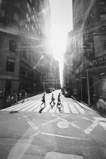 建物,モノクロ,アメリカ,光,人,NY,海外旅行