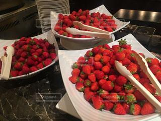 イチゴ食べ比べの写真・画像素材[1803775]