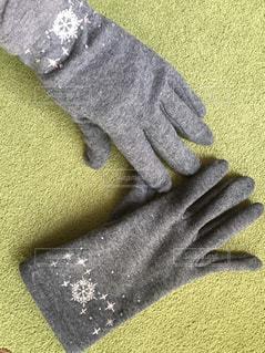この冬、お気に入りの手袋の写真・画像素材[1805936]