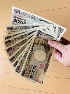 手持ち,人物,お金,ライフスタイル,手元,新札,10万円,1万円札