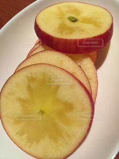 赤,フルーツ,果物,皿,りんご,新鮮,ジューシー,カット,リンゴ,スライス,蜜りんご