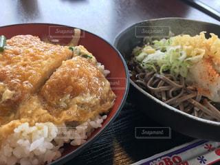 ランチ,カツ丼,越前おろし蕎麦
