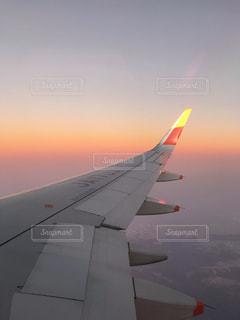 飛行機から見た夕焼けの写真・画像素材[1861498]