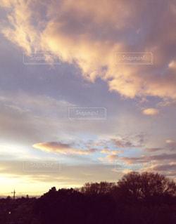 魚の群れのような雲。の写真・画像素材[1864503]