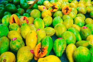 南国,カラフル,鮮やか,フルーツ,果物,果実,グリーン,パパイヤ,フォトジェニック