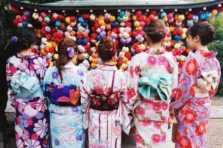 女性,京都,カラフル,後ろ姿,女の子,人物,背中,着物,人,後姿,和服,ポートレート,女子旅,カラー,和装,フォトジェニック,着物女子,インスタ映え