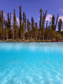 海外,島,水色,旅行,旅,ニューカレドニア,海外旅行,離島,青色,イルデパン,イルデパン島,天国に1番近い島,天然プール,ピッシンヌナチュレル