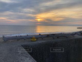 朝焼けのきらめきの写真・画像素材[2031261]