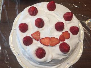 イチゴのショートケーキの写真・画像素材[2038988]