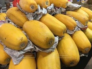 フルーツ,果物,市場,シンガポール,タイ,マレーシア,東南アジア,マーケット,美味しい,高い,におい,ウェットマーケット,フルーツの王様,悪魔のフルーツ