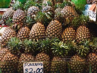 フルーツ,果物,市場,シンガポール,パイナップル,タイ,マレーシア,東南アジア,マーケット,美味しい,高い,パイン,ウェットマーケット,フルーツの王様,2ドル