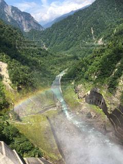 夏のダムの写真・画像素材[2164489]