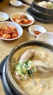 食事,ご飯,韓国,海外旅行,キムチ,ソウル,参鶏湯,サムゲタン
