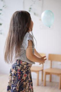 ロングヘアの女の子の写真・画像素材[2283300]