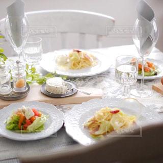 ブルサンチーズで少し贅沢な午後の写真・画像素材[3220704]
