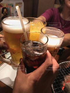 グラス,ビール,乾杯,飲み会,ドリンク,ソフトドリンク