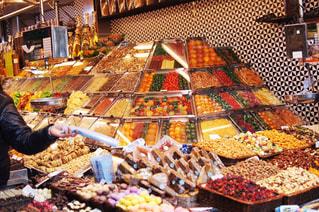 夏,南国,ジュース,カラフル,観光地,観光,外国,旅行,市場,チョコレート,スペイン,バルセロナ,地中海,夏休み,香辛料,お買い物,サンジョセップ市場,多色
