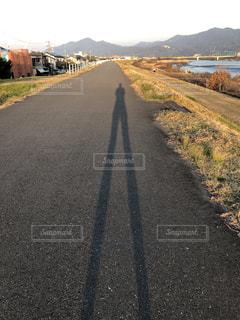 夕方,影,ジョギング,ランニング,土手,スタート,running,走る場所