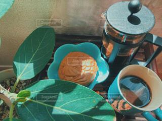 カフェ,コーヒー,青,リラックス,食器,ブルー,おうちカフェ,ドリンク,おうち,ライフスタイル,たい焼き,1人時間,おうち時間,コーヒープレス