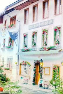 カフェ,建物,街並み,木,海外,ピンク,かわいい,ヨーロッパ,街,旅行,クリスマス,可愛い,スイス,ファンタジー,パステル,明るい,女子旅,海外旅行,外観,KAWAII,パステルカラー,イメージ,ファンシー,ゆめかわ
