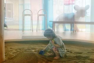 砂遊びの写真・画像素材[2144813]