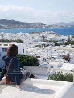 女性,風景,屋外,島,後ろ姿,海辺,海岸,人物,背中,人,後姿,ギリシャ,ミコノス島