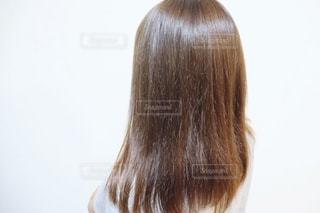 うる艶髪の女性の写真・画像素材[2281868]