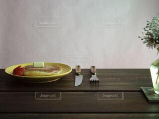 食べ物,カフェ,自然,花,パンケーキ,屋内,フラワー,一輪,お花,テーブル,壁,リラックス,食器,おうちカフェ,ドリンク,おうち,ライフスタイル,ベッド,ボウル,おうち時間