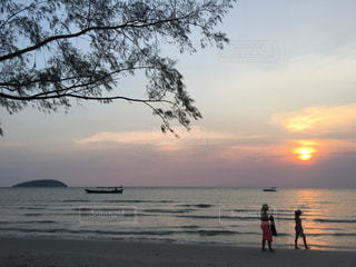 海,空,太陽,ビーチ,砂浜,夕暮れ,水面