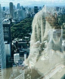 ガラス反射の写真・画像素材[4875317]