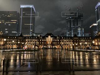 雨の日の東京駅(正面)の写真・画像素材[4941196]