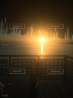 海,海外,旅行,朝,日の出,リゾート,ハネムーン,タヒチ,眺め,モーレア島,ランライズ