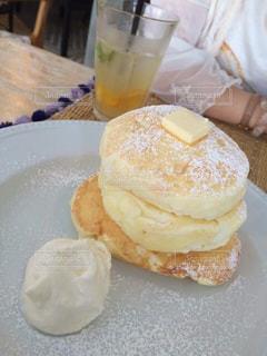 三段パンケーキの写真・画像素材[2287574]
