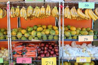 新鮮な食材でいっぱいの店の写真・画像素材[2387960]