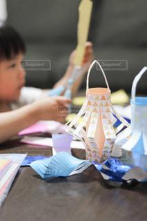 子どもと作る七夕飾りの写真・画像素材[3391881]