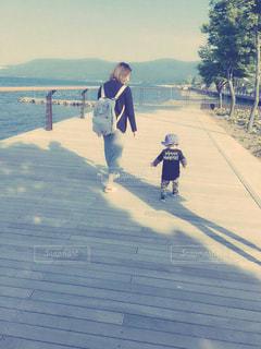 湖,散歩,男の子,孫,ママ,一歳