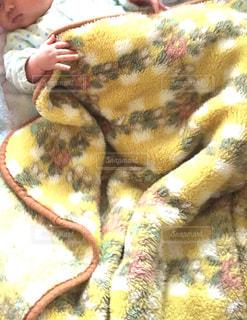 黄色,日常,赤ちゃん,毛布,お昼寝,ねんね,乳児