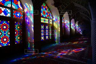 朝日,カラフル,旅行,ステンドグラス,モスク,海外旅行,絨毯,イラン,イスラム教,礼拝堂,マスジェデ・ナスィール・モスク,シーラーズ