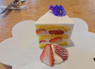 苺のショートケーキの写真・画像素材[2012375]