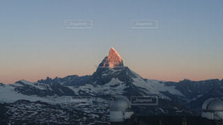雪,ヨーロッパ,山,朝焼け,朝,マッターホルン,スイス,海外旅行,グラデーション,山好き,ゴルナーグラート展望台