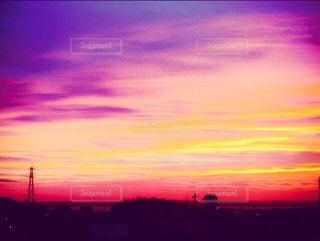 背景の夕日の写真・画像素材[974442]