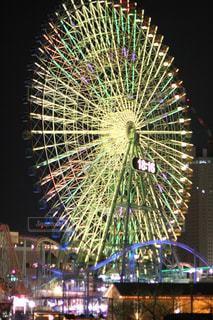 夜景,観覧車,黄色,ライトアップ,横浜