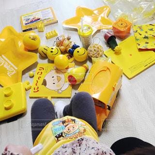 屋内,黄色,子供,テーブル,おもちゃ,雑貨,イエロー,レゴ,キャンディ,グッズ
