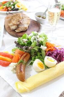食べ物,食事,朝食,ランチ,サラダ,サンドイッチ,主食,成分