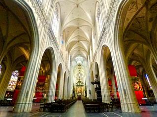 屋内,海外,散歩,ヨーロッパ,街,観光,旅行,芸術,ステンドグラス,教会,ベルギー,広い,キリスト