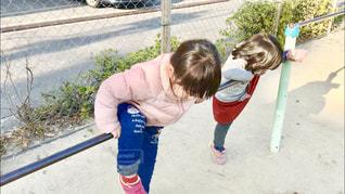 子供の遊び場、鉄棒の写真・画像素材[1855362]