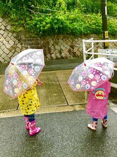 雨,傘,女の子,おそろい,カッパ